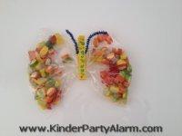 Schmetterling basteln, Basteln beim Feen Kindergeburtstag #kindergeburtstag #geburtstag  #mottoparty #kinderpartyalarm #bastelnmitkindern