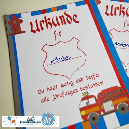 Urkunde zum Feuerwehr Kindergeburtstag basteln #kindergeburtstag #geburtstag  #mottoparty #kinderpartyalarm #bastelnmitkindern #diy #einladung #printables #basteln