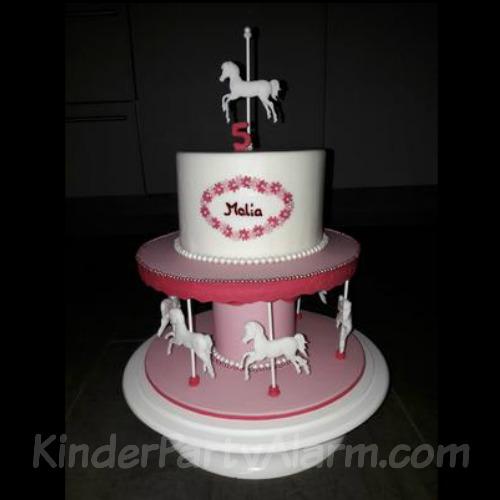 Karussell Torte, Pferde Kindergeburtstag #kindergeburtstag #geburtstag #mottoparty #kinderpartyalarm #geburtstagsideen #kuchen #geburtstagskuchen