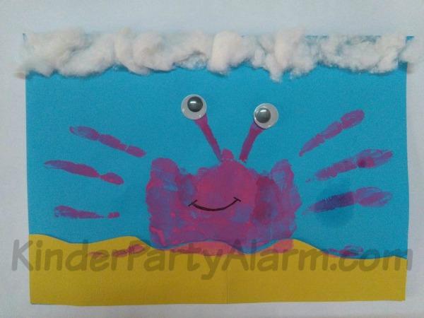 Handabdrücke basteln, Krabbe aus Handabdruck, Basteln beim Kindergeburtstag #kindergeburtstag #geburtstag  #mottoparty #kinderpartyalarm #bastelnmitkindern #geburtstagsideen #poolparty