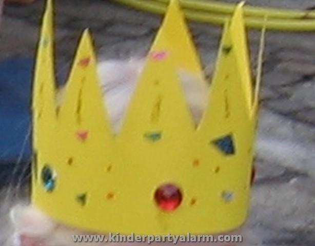 Krone für Prinzessin Kindergeburtstag basteln