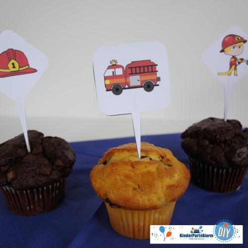 Deko-Picker für deinen Feuerwehr Kindergeburtstag machen dein Geburtstagsbuffet zum Highlight! #kindergeburtstag #mottoparty #kinderpartyalarm #geburtstagsideen #feuerwehr #printables #diy