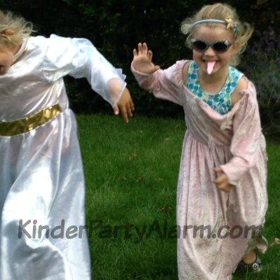 Prinzessin Kindergeburtstag Spiele #kindergeburtstag #geburtstag  #mottoparty #kinderpartyalarm #bastelnmitkindern #geburtstagsideen #kuchen #prinzessin #einladung #diy #printables #kids