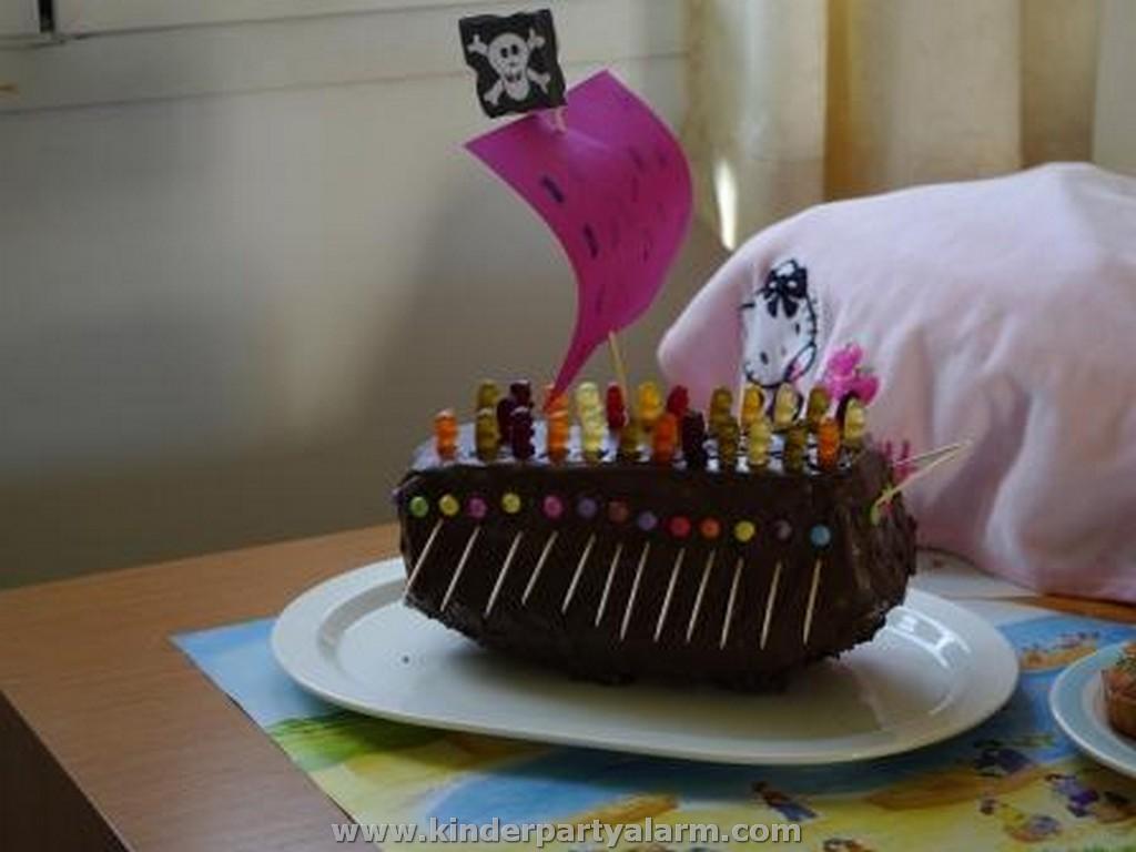 Piratenschiff kuchen - Kuchen ideen geburtstag ...