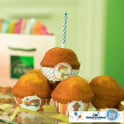 Muffin Banderolen für deine FeuerwehrParty #kindergeburtstag #mottoparty #kinderpartyalarm #geburtstagsideen #feuerwehr #printables #diy