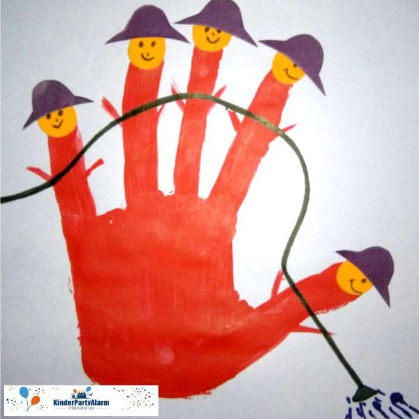 Handabdruck Einladung zum Feuerwehr Kindergeburtstag basteln #kindergeburtstag #geburtstag  #mottoparty #kinderpartyalarm #bastelnmitkindern #diy #einladung #basteln #handabdruck