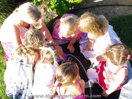 Meerjungfrau Kindergeburtstag Spiele